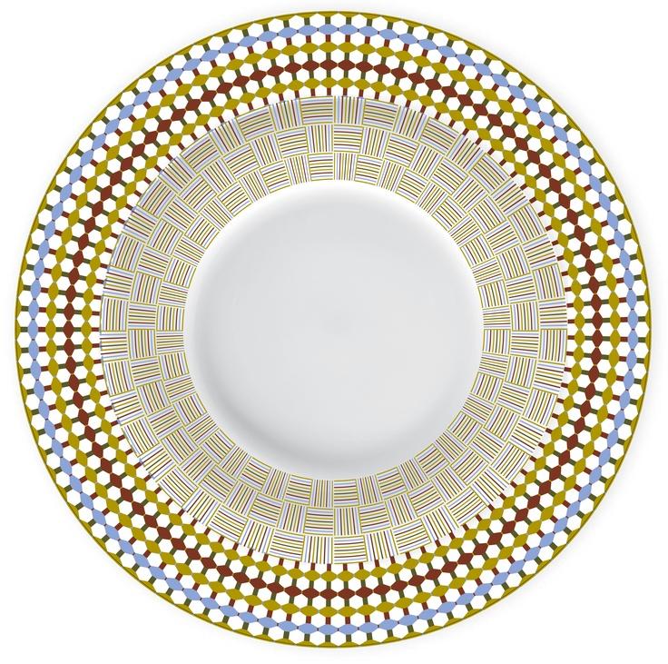 MYTHOLOGY (mix decor:Ariadne and Dionysos).  Can we DIY the plates?