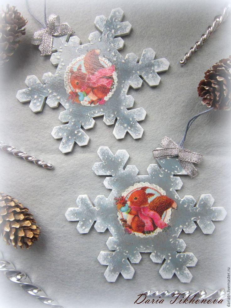 """Купить Подвеска- снежинка """"Белочка"""" - новый год 2016, снежинка, подвеска снежинка, Новый Год"""