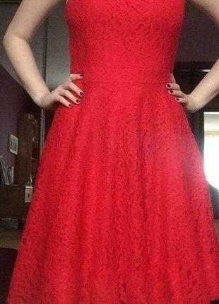 Kup mój przedmiot na #vintedpl http://www.vinted.pl/damska-odziez/krotkie-sukienki/17876751-nowa-czerwona-koronkowa-sukienka-36