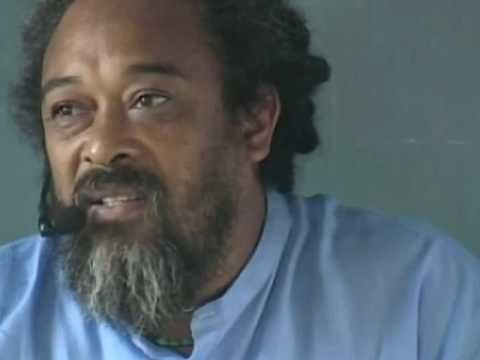 Stop Thinking and Be: Arunachala Satsang with Mooji With Spanish subtitles (cc) http://www.mooji.org (official website). Youtube channels: http://www.youtube...