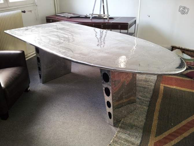 Delightful Large Table   Grande Table Salle A Manger Aile D Avion Alu Rivet  Ameublement Cher