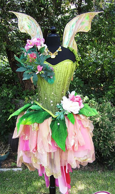 Cute fairy costume for a bridesmaid idea for a fairy/Neverland inspired wedding!