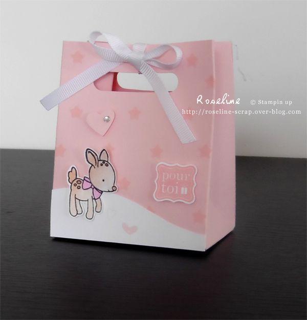 Pochette rose/boîte avec la planche insta pochette Stampin'up. Avec  le masque Coeurs, un tampon du set Fait avec amour. Boîte à dragées, pour un cadeau, bijou... Par Roseline http://roseline-scrap.over-blog.com