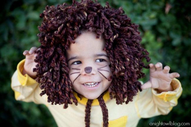 Easy last minute, no-sew kids Lion Halloween Costume at anightowlblog.com   #kids #halloween #costumes