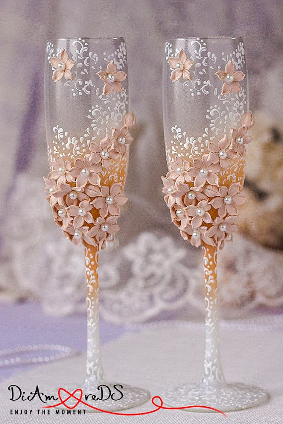 White cappuccino & caramel wedding champagne glasses, collection flowers, bride…