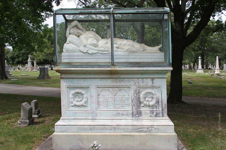 rosehill cemetery chicago memorial day parade 2014