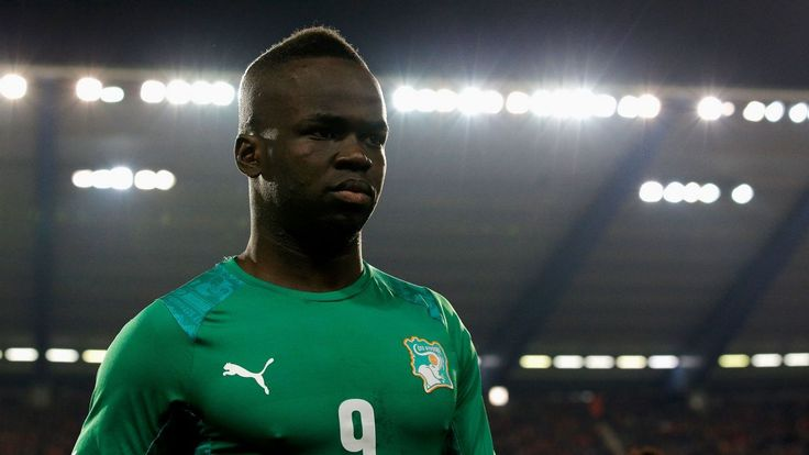 Salomon Kalou pays tribute to Cheick Tiote as midfielder is laid to rest