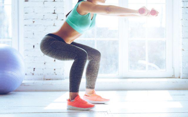 Fyra övningar är allt du behöver för att träna hela kroppen! Och du är klar i ett nafs!