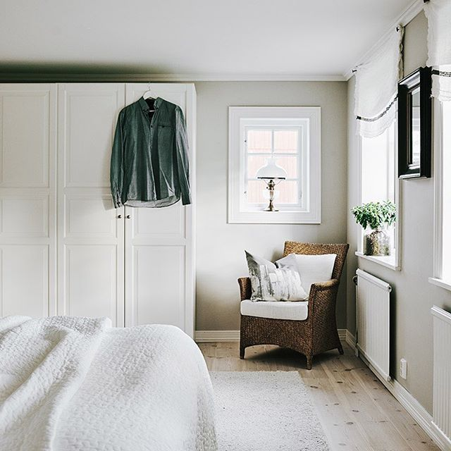 Make your bedroom a calm space for rest and relaxation. Get inspiration from Annika's converted farmhouse at IKEA.com (link in profile) #IKEAIDEAS  In the picture: PAX wardrobe with TYSSEDAL doors, ALINA bedspread, HAMPEN rug, SLÖJGRAN cushion cover Photography: Michael Sinclair