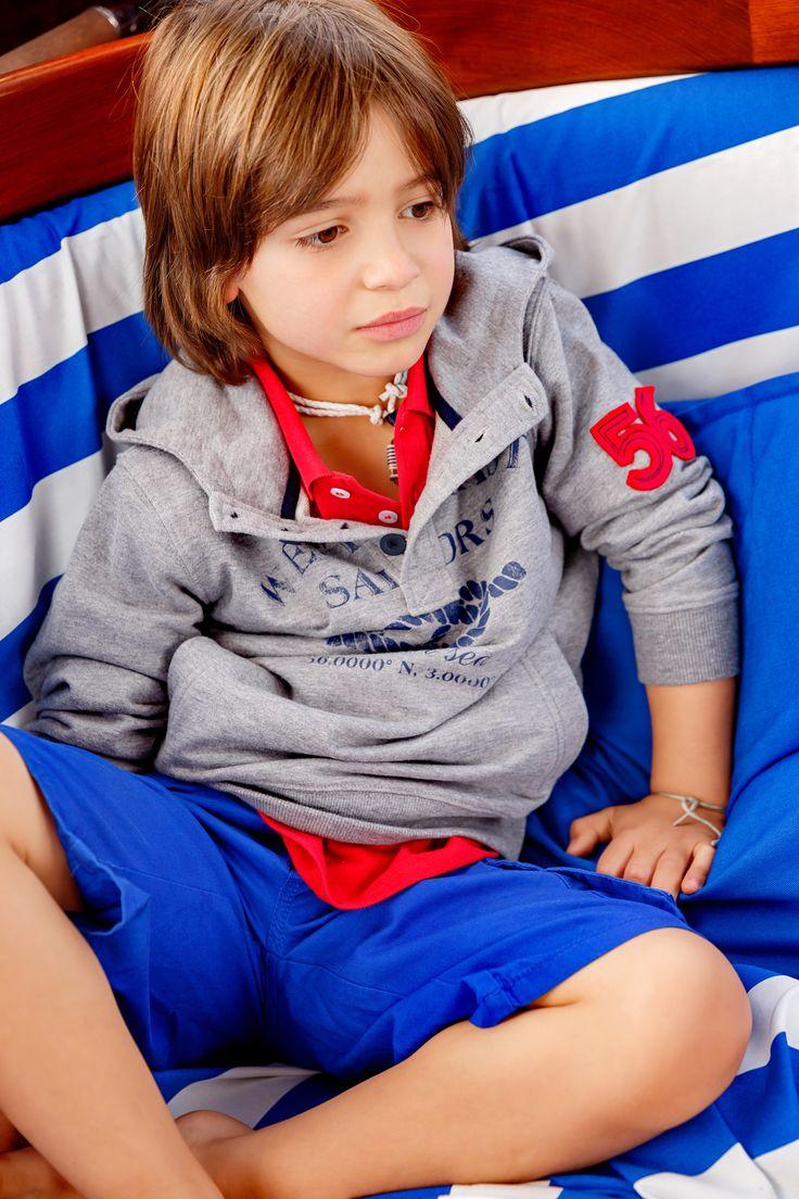 Numa loja Lanidor Kids ou em www.lanidor.com. // In ...