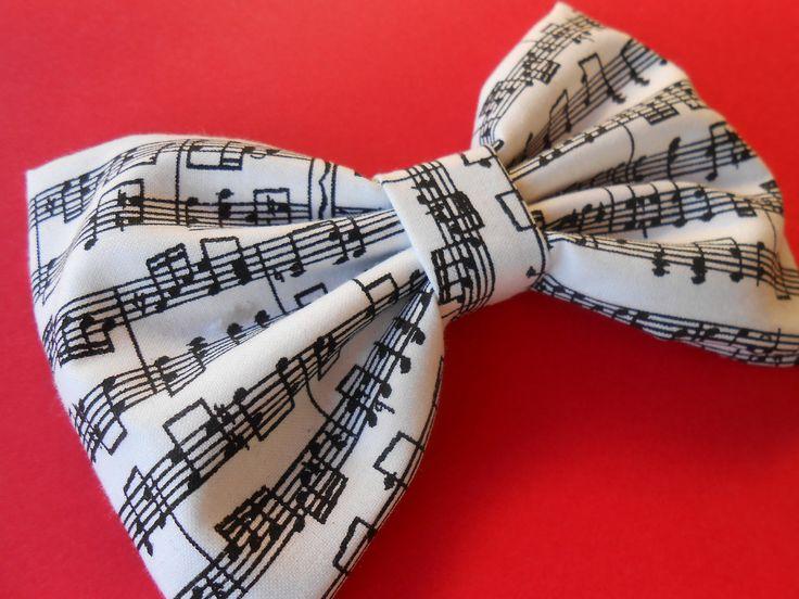 Musical Notes Hair Bow, Girls Hair Bow, Fabric Hair Bow, Big Bow. $3.75, via Etsy.