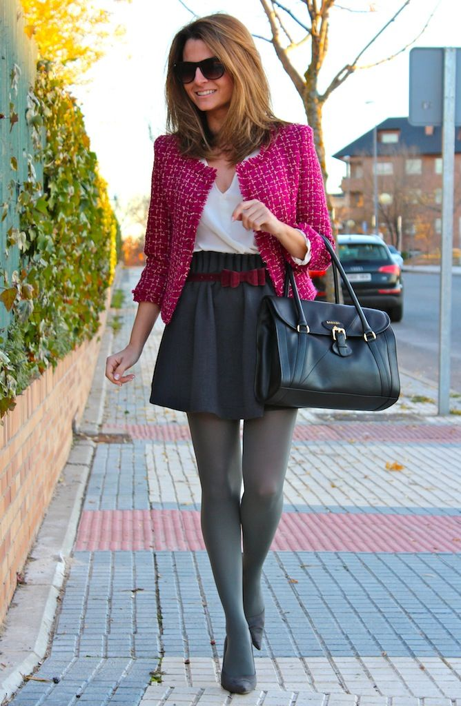 Fashion and Style Blog / Blog de Moda . Post: Oh My Looks Skirt / Falda Oh My Looks .More pictures on/ Más fotos en : http://www.ohmylooks.com/?p=20704 .Llevo/ I wear Skirt : Oh My Looks Shop (info@ohmylooks.com) ; Bag : BARADA vía Jorge Bernial (Principe de Vergara 22, Madrid) ; Tights : Calzedonia ; Blouse : Zara (old) ; Jacket : old