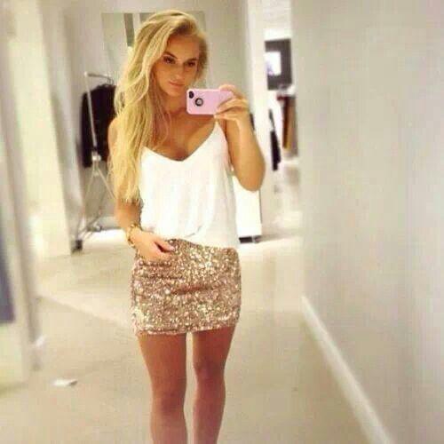 @Lee Semel Semel Semel Semel Anne Lapp I want this outfit for Vegas!!