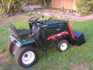 Sears craftsman gt 5000 garden tractor loader 1 garden tractors and misc pinterest for Craftsman garden tractor attachments