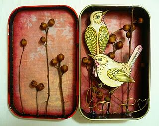 What to do with an altoid's tin