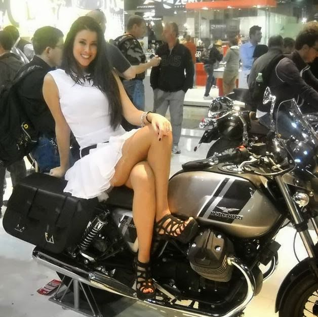 M i l a n eicma 2013 girl milano auto show motor show for Milan show 2016