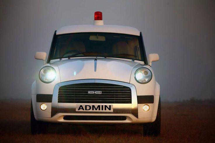 सरकार द्वारा एडमिन के लिए दी गयी लाल बत्ती वाली गाडी.. admin jokes