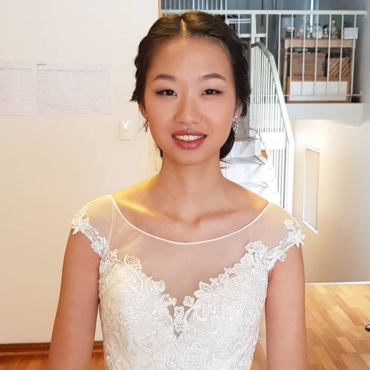 Today's beautiful bride #bridalhair #bridehairdo #bridestyle #bridalupdo #updo