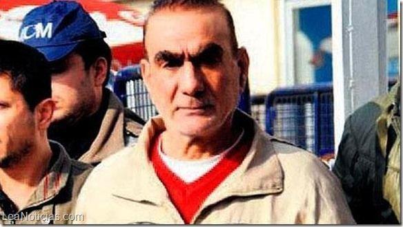 """El narco """"Doctor Drogas"""" se fuga de prisión en Turquía gracias a un falso fax - http://www.leanoticias.com/2015/03/26/el-narco-doctor-drogas-se-fuga-de-prision-en-turquia-gracias-a-un-falso-fax/"""