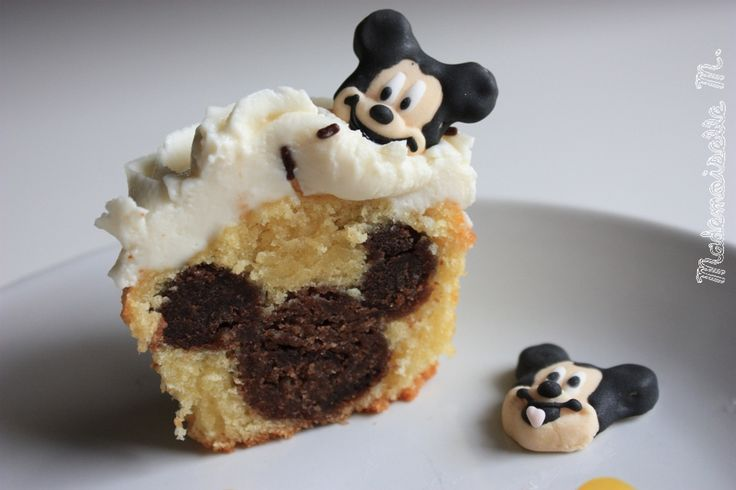 Cupcakes Mickey caché clubhouse party cake hidden mickey mouse