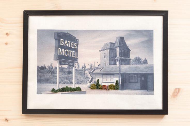 Psicosis -Bates Motel- Embroidery (Bordado sobre fotografía)
