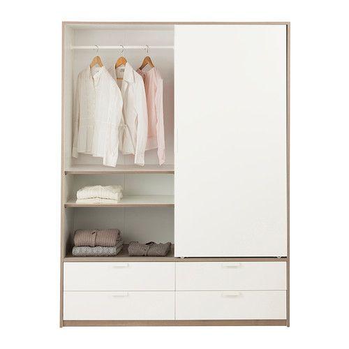 TRYSIL Szafa, przesuwane drzwi/4 szuflady IKEA Drzwi przesuwne zapewniają więcej przestrzeni na meble, bo nie zajmują miejsca po otwarciu.  ...