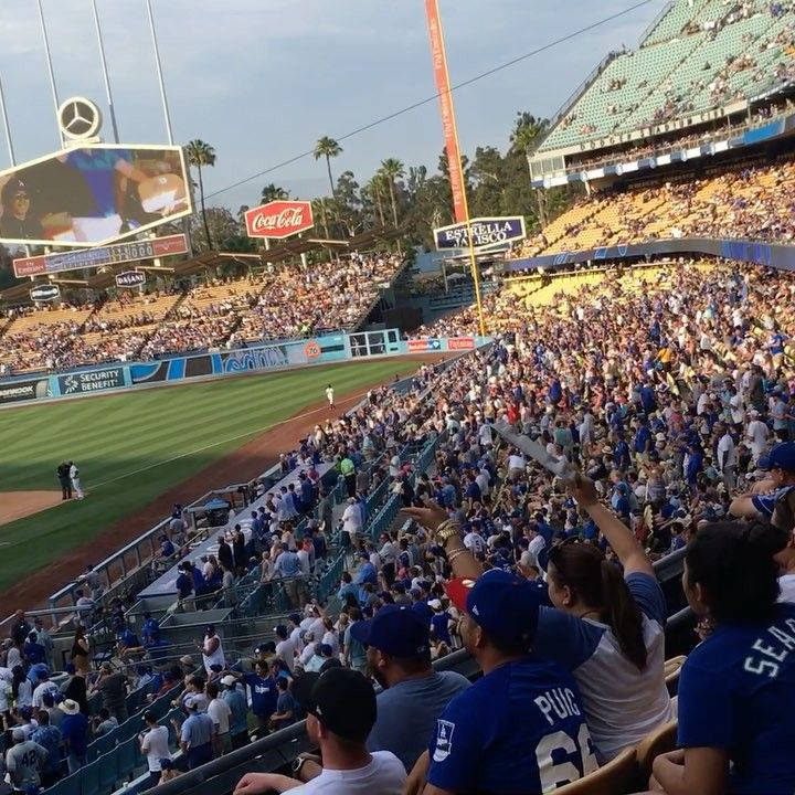 Elderly woman flashes Dodger Stadium crowd. - YouTube