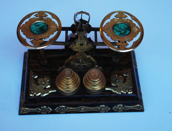A SET OF VICTORIAN COROMANDEL POSTAL SCALES-COMPLETE WITH WEIGHTS