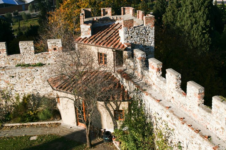 headquarter calenzano castello Firenze #toscana #castello #calenzano #borgo #medievale #headquarter #florence #castle #tower #town #italianstyle #tuscany