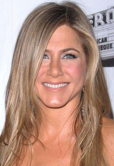 Top 10 Celebs With Beige Blonde Hair Jennifer Aniston