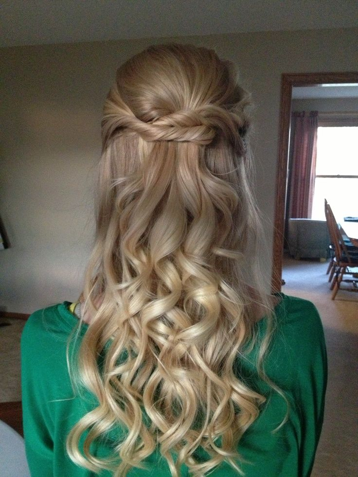 Best 25 half updo hairstyles ideas on pinterest long hair half best 25 half updo hairstyles ideas on pinterest long hair half updo half updo tutorial and half updo with braid pmusecretfo Images
