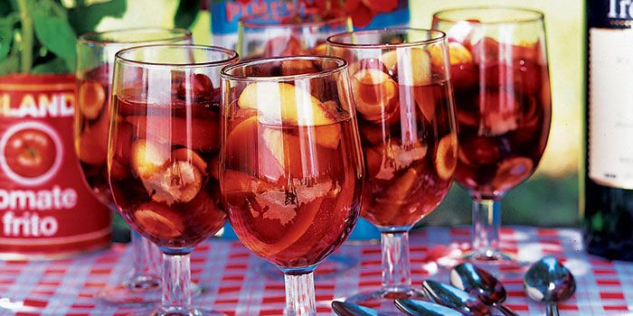 <p>Learn how to make this classic Spanish drink using red, white or rosé wine. Our recipes show this take on 'tinto de verano' is more than just a novelty punch. </p>