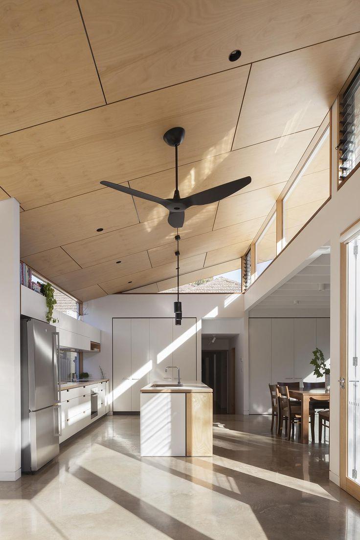 "Kitchen design by <a title=""Cantilever Interiors"" href=""https://www.cantileverinteriors.com/"">Cantilever Interiors</a>. Photo by Tatjana Pitt."