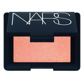 Perfect blush for any occasion, gives a healthy glow with a subtle sheen to your cheeks  Nars Blush « Colour: Orgasm « Mecca Cosmetica