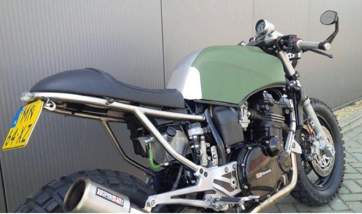 www.marktplaats.nl/motoren-kawasaki/kawasaki-caferacer-scrambler Origineel: Kawasaki GPZ900R Bouwjaar: 1...