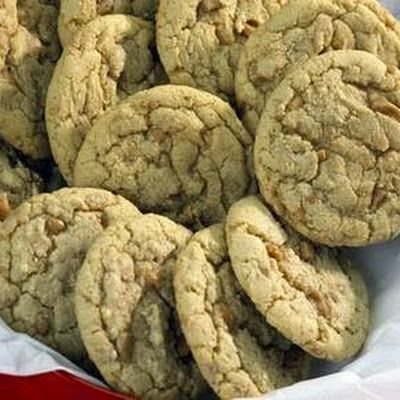 Try Chewy Skor Toffee Bits Cookies! You'll just need 2 1/4 cups flour, 1 teaspoon baking soda, 1/2 teaspoon salt, 1/2 cup butter, softened, 3/4 cup...