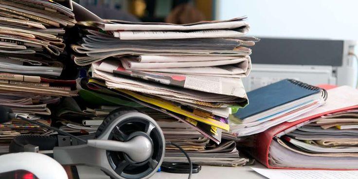 ROTETE? Papirer og ledninger har en tendens til å hope seg skikkelig opp. Og når det først har blitt mye av det er det et ordentlig ork å skulle rydde opp. Hva med å ta et lite skritt av gangen, og få det helt ryddig en gang for alle?