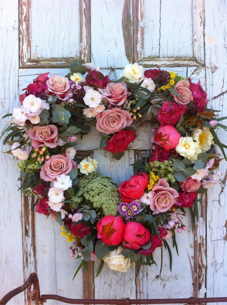 Pretty Heart Wreath