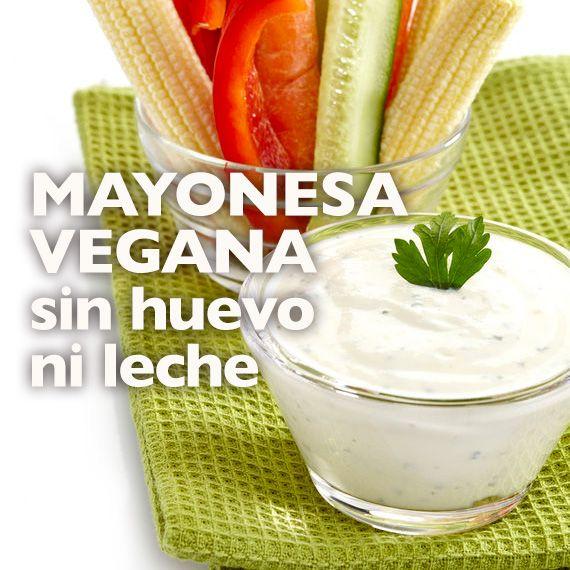 La mayonesa vegana sin huevo ni leche es una alternativa saludable no solo para veganos, sino también para intolerantes a la leche o el huevo.
