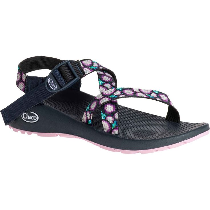 Streamlined and dependable since 1989, the Classic series is comprised of only eight component parts, making for the simple, timeless sandal design that made Chaco's name. Every pair comes standard wi