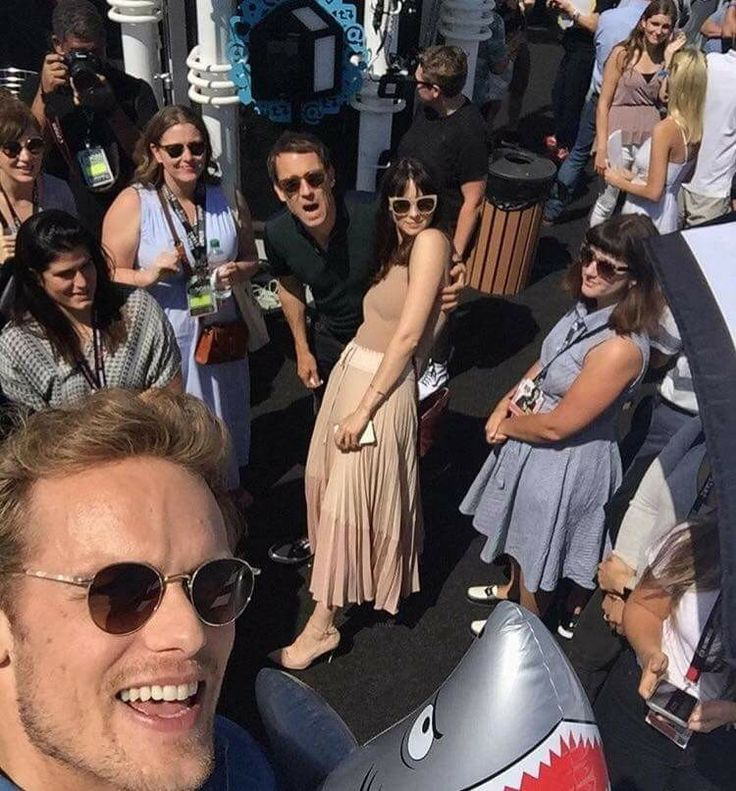 Tobias Menzies, Caitriona Balfe and Sam Heughan at the San Diego Comic Con festival - Outlander_Starz Season 3 Voyager - July 21st, 2017