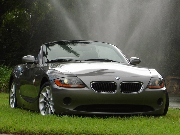 10 millionth visitor of BMW welt gets a brand new BMW Z4