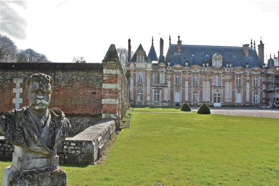 1000 images about chateau de miromesnil on pinterest. Black Bedroom Furniture Sets. Home Design Ideas