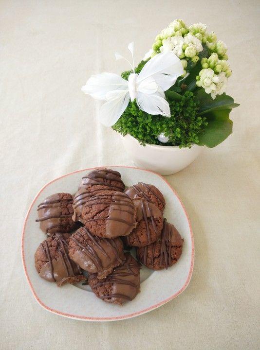 Superschnelle Nutella-Plätzchen, ein beliebtes Rezept aus der Kategorie Backen. Bewertungen: 188. Durchschnitt: Ø 4,5.