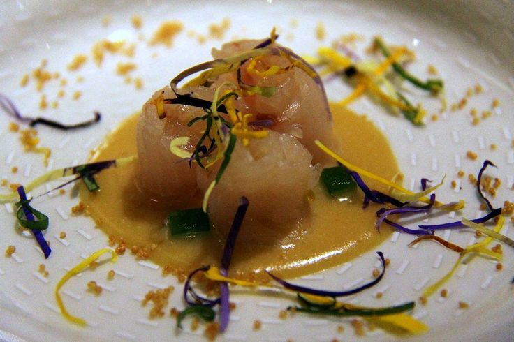 Il Ristorante Clandestino Milano servia sushi di italiano e e fare da il chef, Moreno Cedroni.(Mmmmmm)