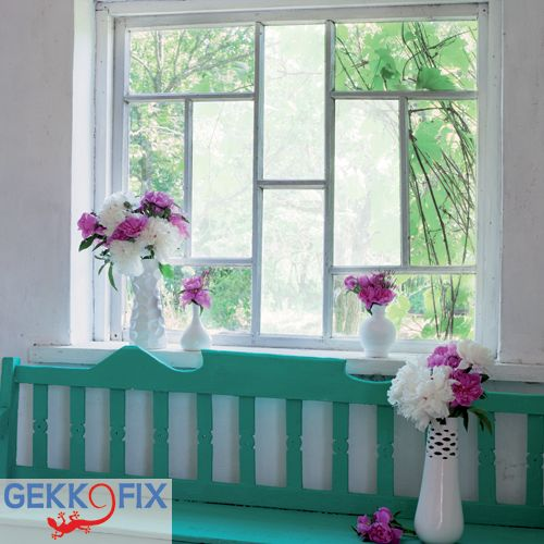 Make your own showpiece with our vitrostatic window foil sand white. Gekkofix Get inspired & get creative! #DIY #VSB