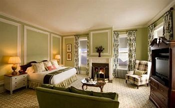 Omni Mount Washington Resort. Bretton Woods hotels. Rates from USD189