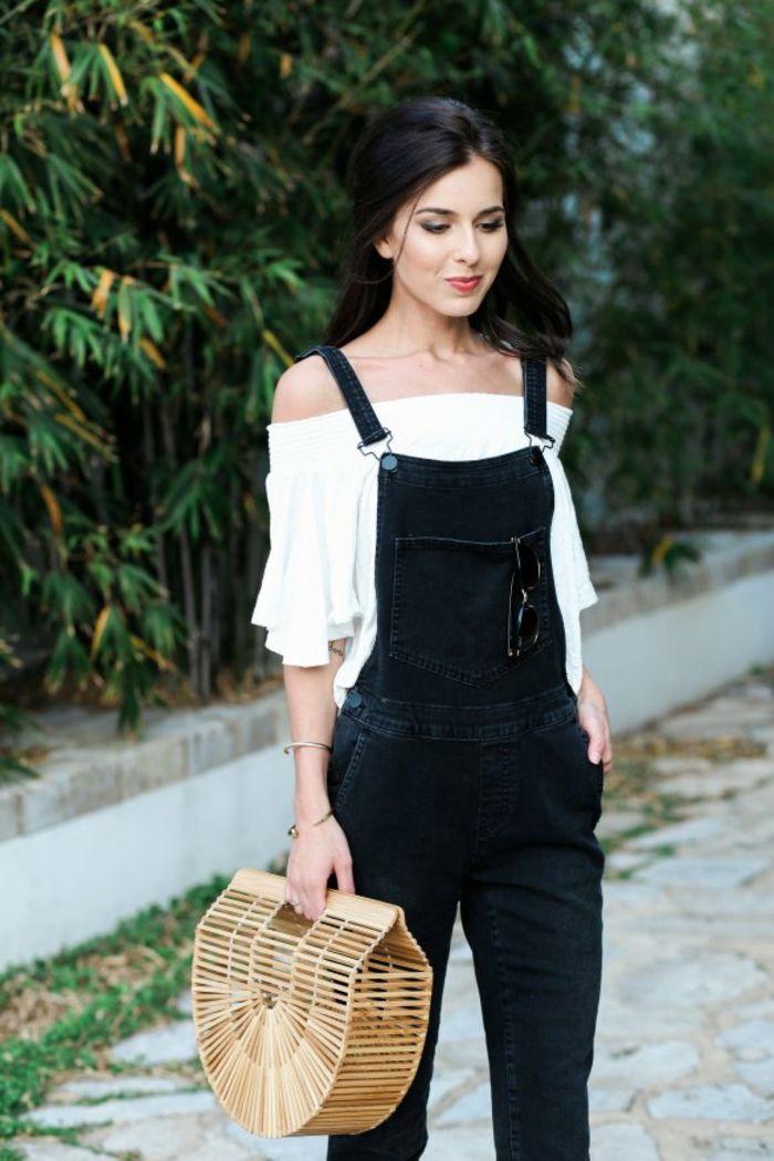 Cool idée tenue salopette femme salopette jean tendance épaules nues salopette noire sac à main bois