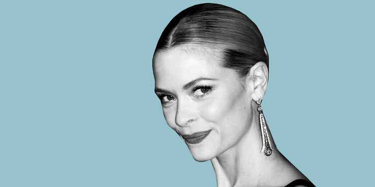 Exclusive: How Jaime King Became an Unlikely Crusader Against Body Shaming   - ELLE.com