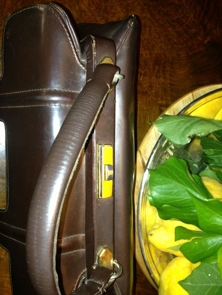 #Closure  #50s two #compartments brown #leather #bag